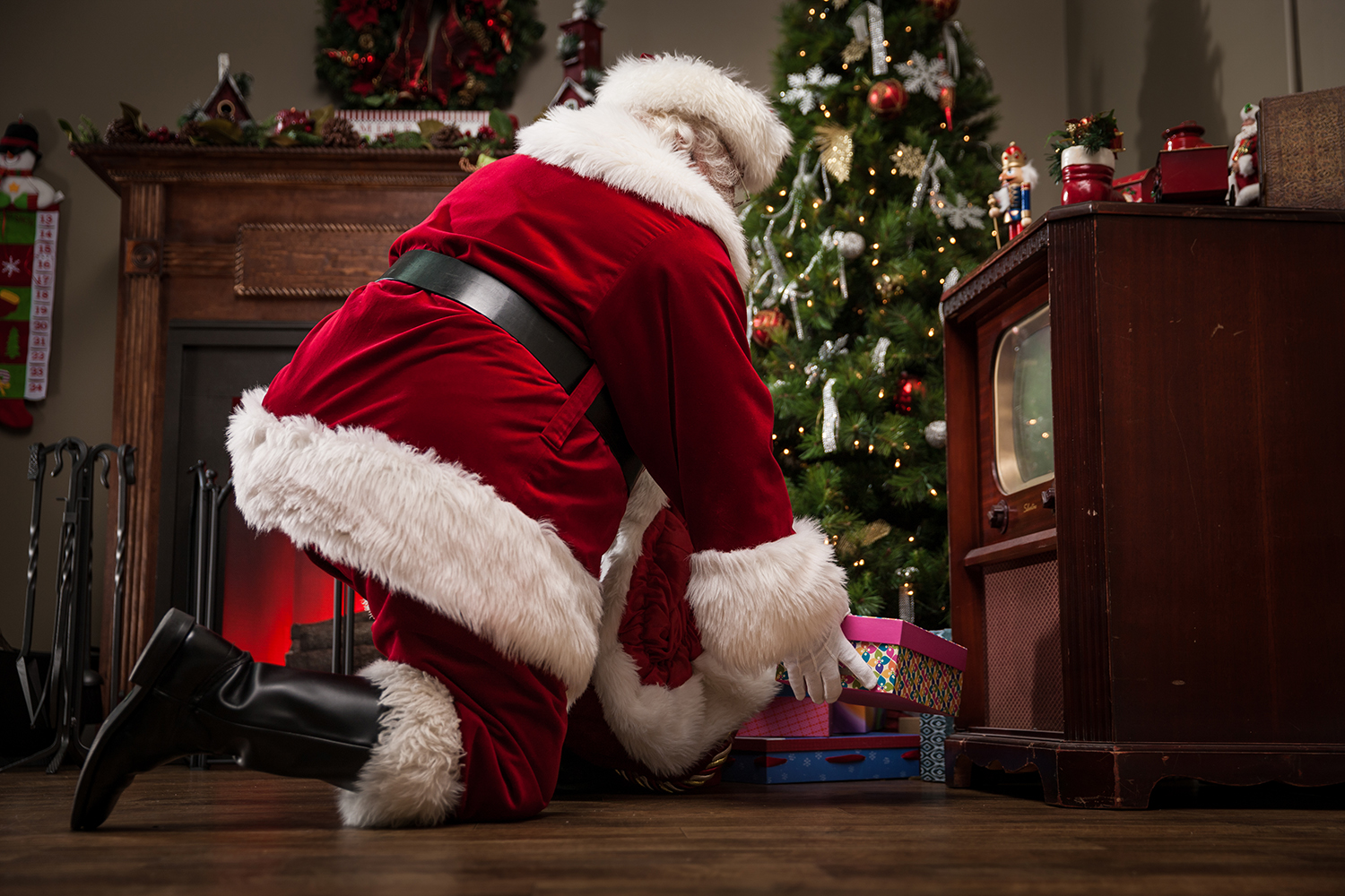 Santa has a big job on Christmas Eve and needs to refuel with snacks (Photo credit: avid_creative/ Getty Images)